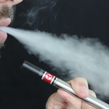 Vape Rather Than Smoke For The Betterment of Health and Environment!